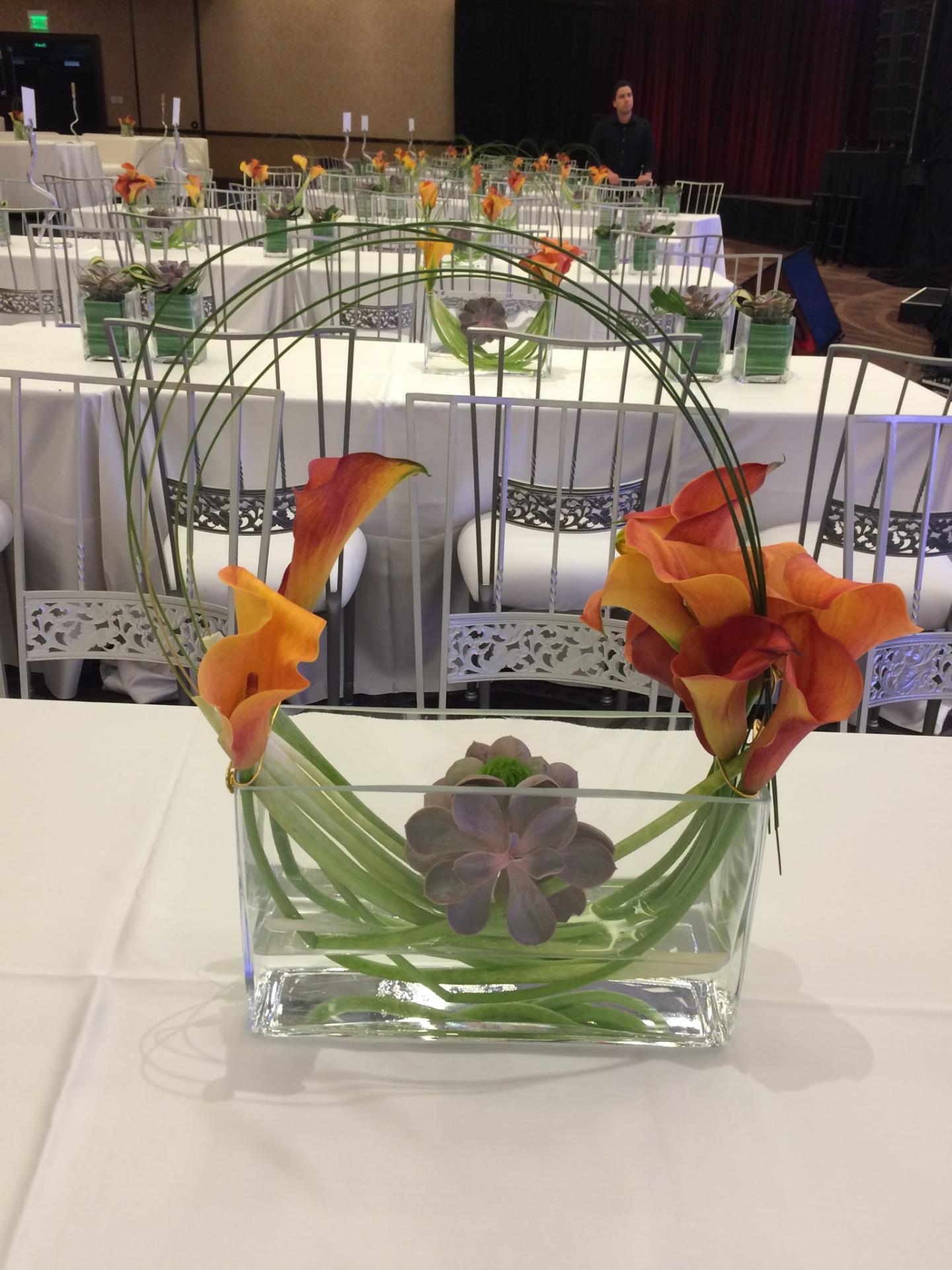 Event Flowers in Las Vegas, Creative orginal flower arrangements for any Event in Las Vegas |Creative Convention Flowers| Terrariums | Succlent gardens | Airplants