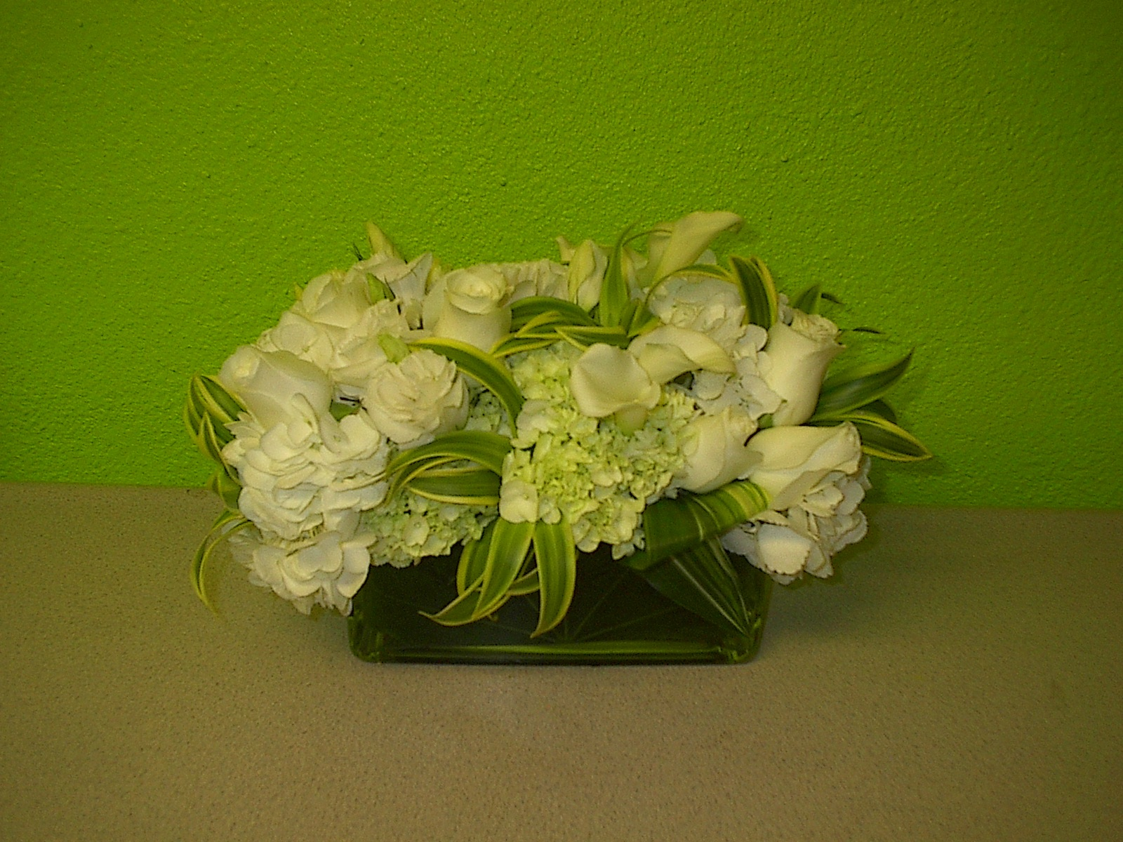 Licensing International Expo, white flowers, calla lilies, low flower design for Convention in Las Vegas
